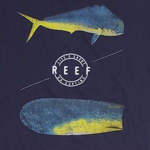 👕EUC👕 Reef Tuna 100% Cotton Tshirt